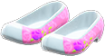 Traditional Flower Shoes Item with Pink Variation in Animal Crossing: New Horizons